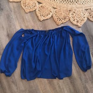 Off shoulders long sleeve royal blue flowy shirt
